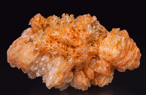 Chromium-rich Mimetite with Cerussite. Top