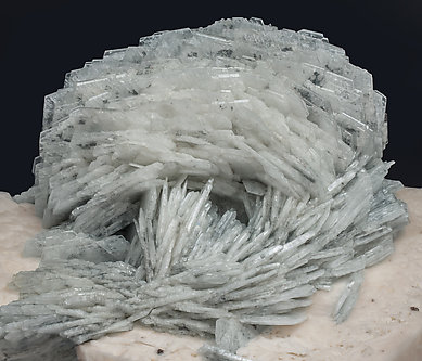 Albite (variety cleavelandite) with Orthoclase.