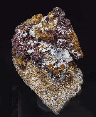 Spinel with Clinohumite and Calcite.