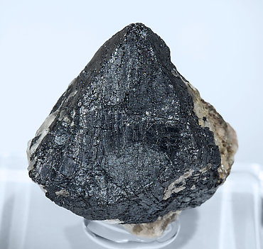 Franklinite with Calcite. Front