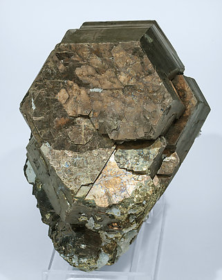 Pyrrhotite with Pyrite, Quartz and Sphalerite.