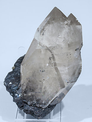 Quartz (variety smoky) with Ferberite. Front