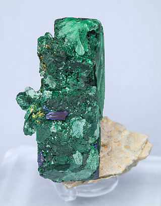 Malachite after Azurite and Azurite. Side
