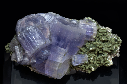 Fluorapatite with Muscovite and Chlorite. Side