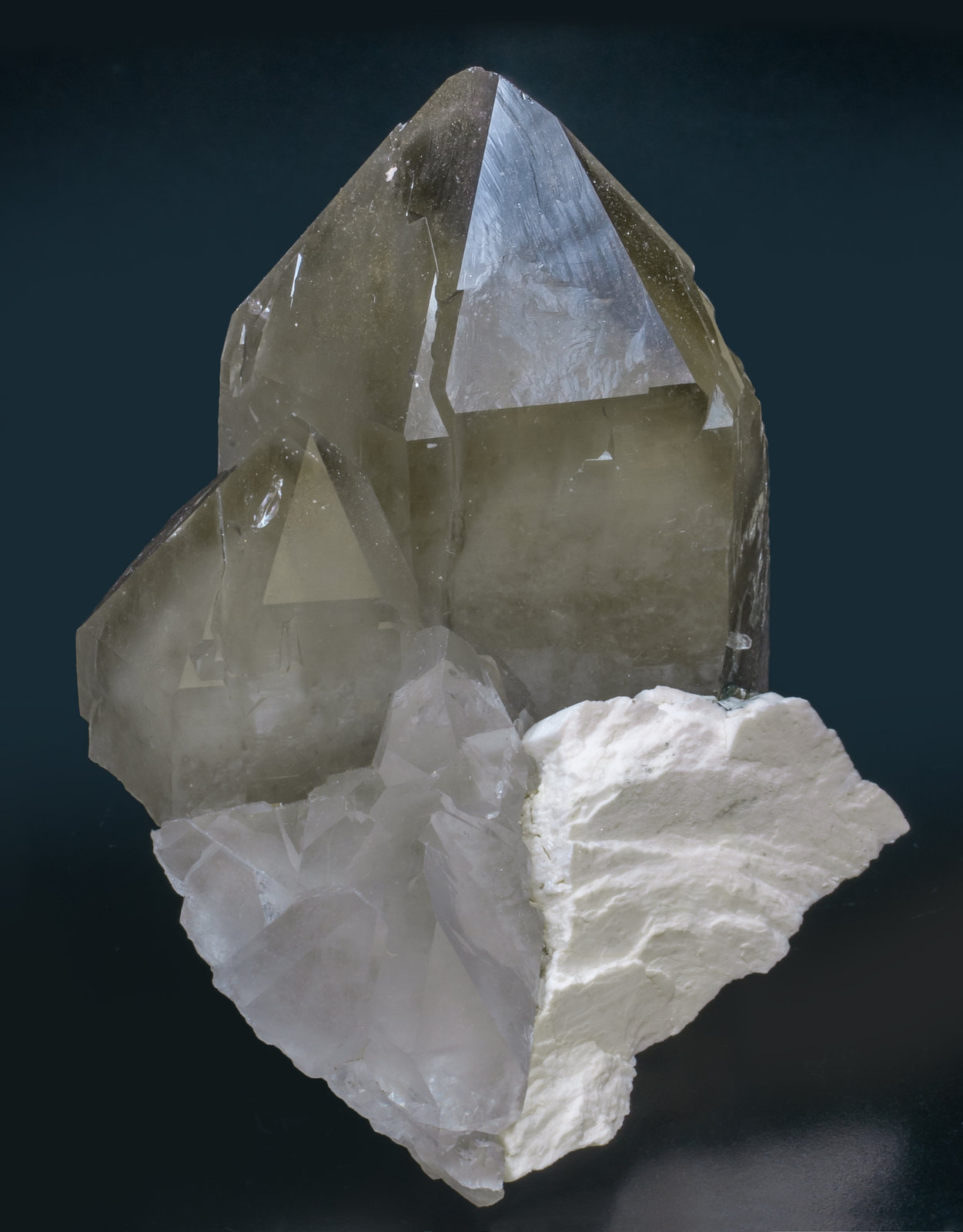specimens/s_imagesAJ5/Quartz-EQ47AJ5f.jpg