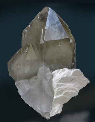 Quartz (variety smoky) with Orthoclase. Side