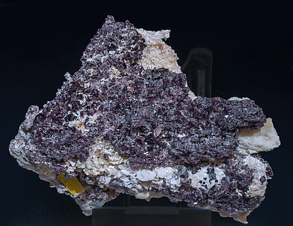Spinel with Calcite and Mica.