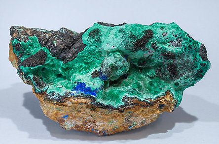 Murdochite with Brochantite, Linarite and Goethite.