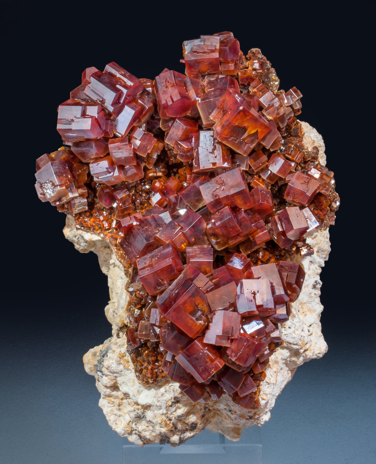 specimens/s_imagesAJ9/Vanadinite-ED67AJ9s.jpg
