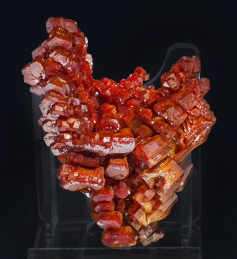 Vanadinite. Side