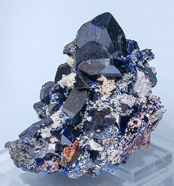 Azurite with Cerussite and Calcite. Side