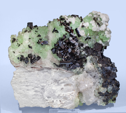 Babingtonite with Quartz, Prehnite and Analcime. Rear