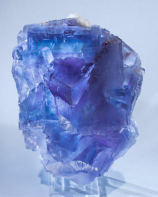 Fluorite with Baryte. Light behind