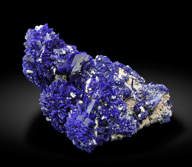 Azurite with Baryte. Side