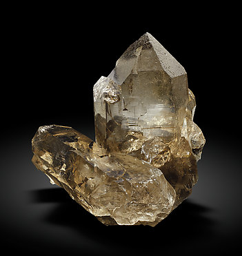 Quartz (variety smoky) with Epidote. Front