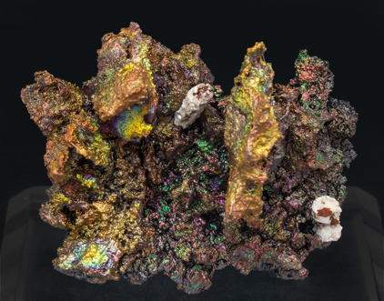 Cerussite after Anglesite with Goethite. Side