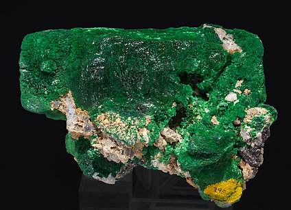 Malachite after Azurite with Quartz and Cerussite. Rear
