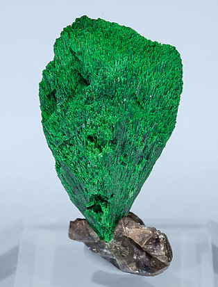 Malachite with Cerussite. Rear