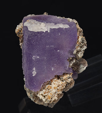 Fluorite with Dolomite. Side