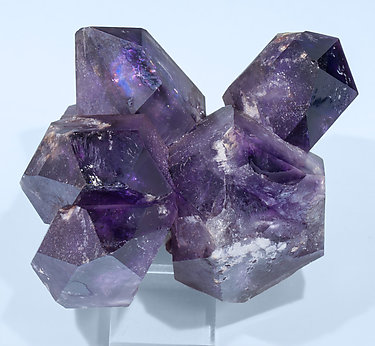 Quartz (variety amethyst) doubly terminated. Top