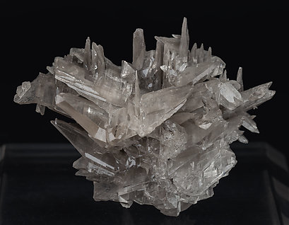 Twinned Cerussite. Front