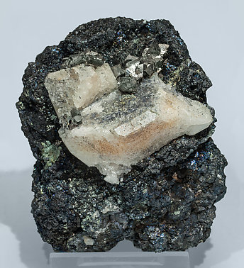 Scheelite with Molybdenite, Arsenopyrite and Magnetite. Front