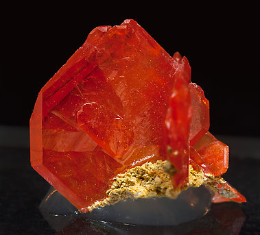 Wulfenite. Side
