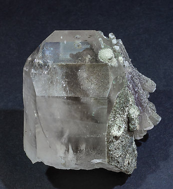 Fluorapatite with Quartz, Muscovite and Chlorite. Front