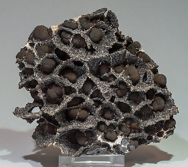 Romanèchite with Calcite.