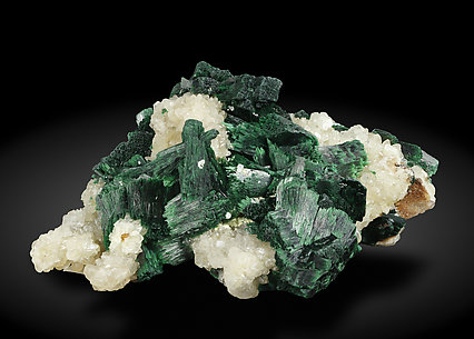 Malachite with Calcite. Side / Photo: Joaquim Callén