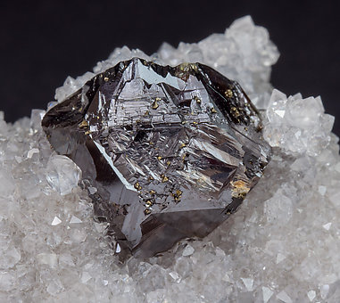 Sphalerite with Quartz.