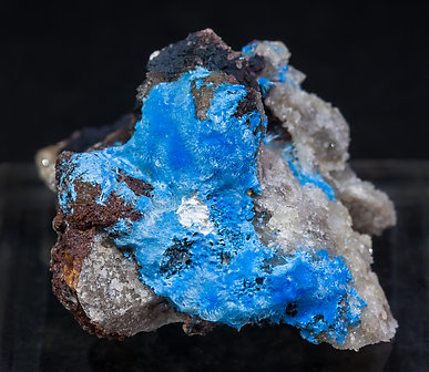 Carbonatecyanotrichite with Calcite and Fluorite.