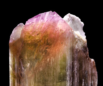 Elbaite with Feldspar and Quartz. Detail top / Photo: Joaquim Callén