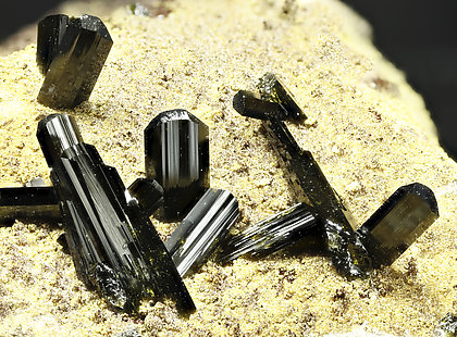Olivenite. Detail / Photo: Joaquim Callén