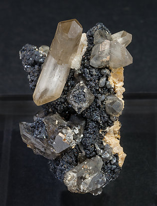 Cerussite with Galena and Dolomite. Side