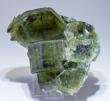 Fluorapatite with Pyrite and Siderite.