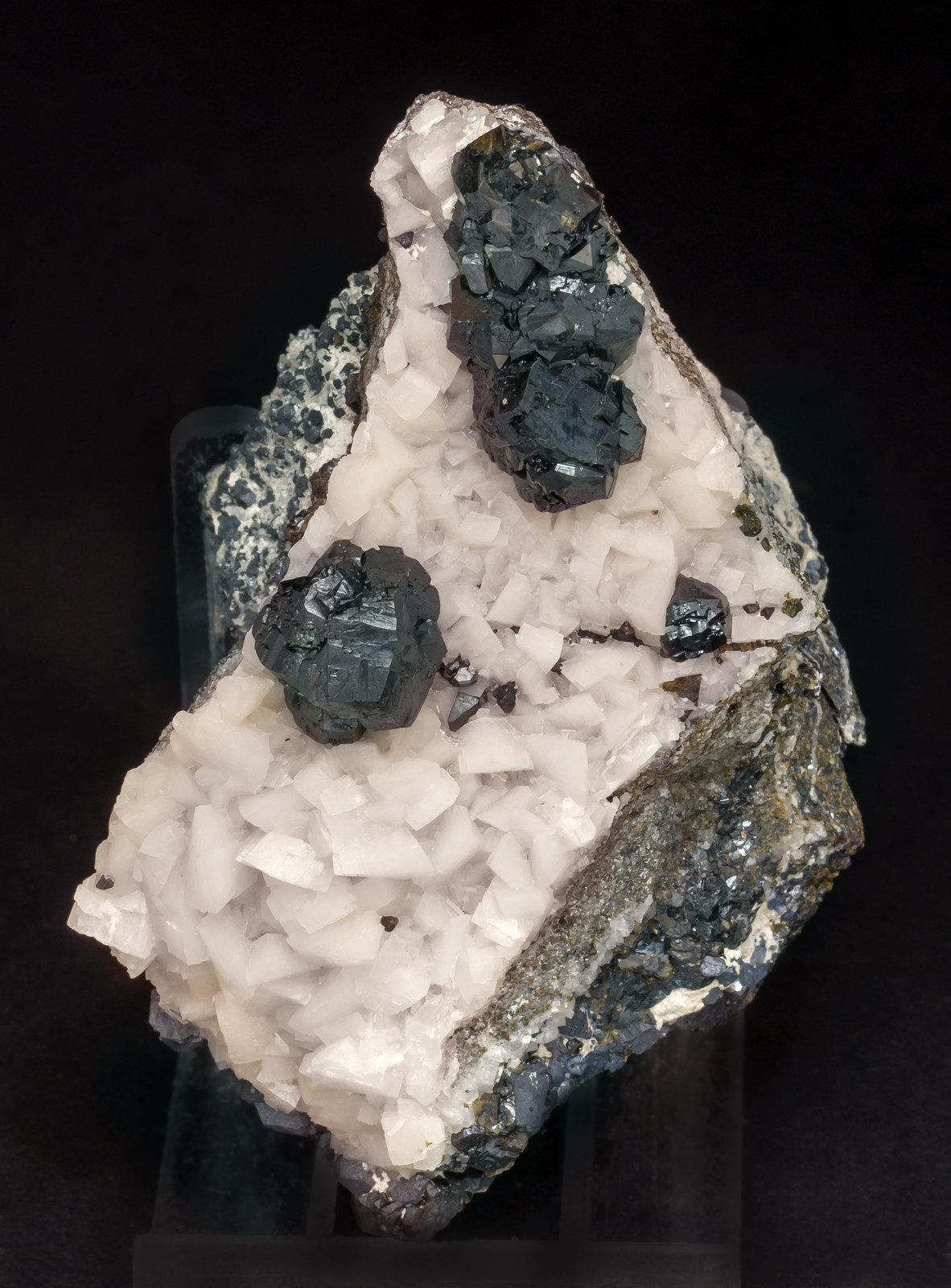 specimens/s_imagesAM1/Sphalerite-ET16AM1f.jpg
