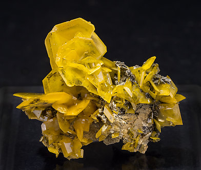 Wulfenite with Mottramite.