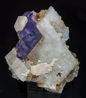 Fluorite (octahedral) with Calcite and Quartz.