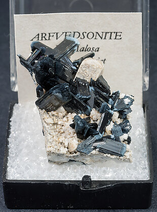 Arfvedsonite with Orthoclase. Front