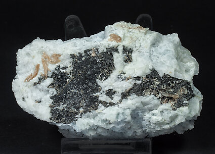 Wulfenite (variety chillagite) with Cerussite, Baryte and Galena.