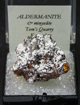 Aldermanite with Minyulite.