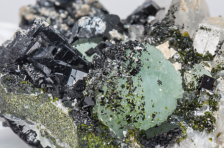 Babingtonite, Quartz, Prehnite.