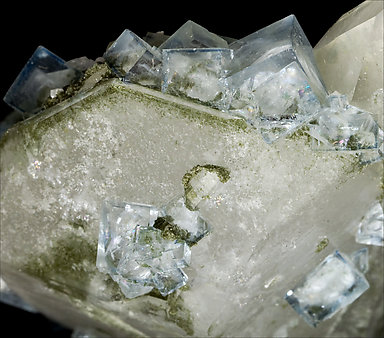 Quartz with Muscovite inclusions, Fluorite, Dolomite.