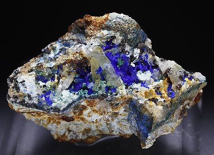 Linarite, Brochantite, Quartz.