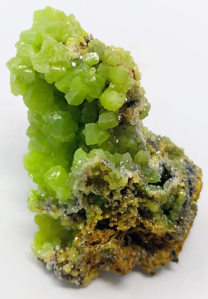 Pyromorphite. Natural light