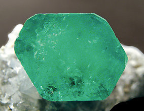 Beryl (variety emerald) doubly terminated. Top