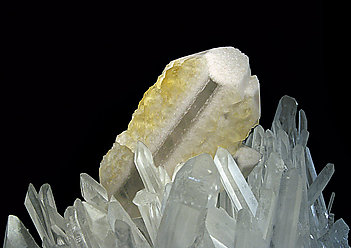 Baryte with Quartz.