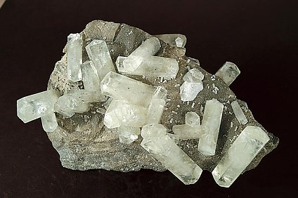 Calcite doubly terminated.