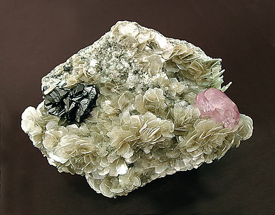 Fluorapatite with Cassiterite and Mica.